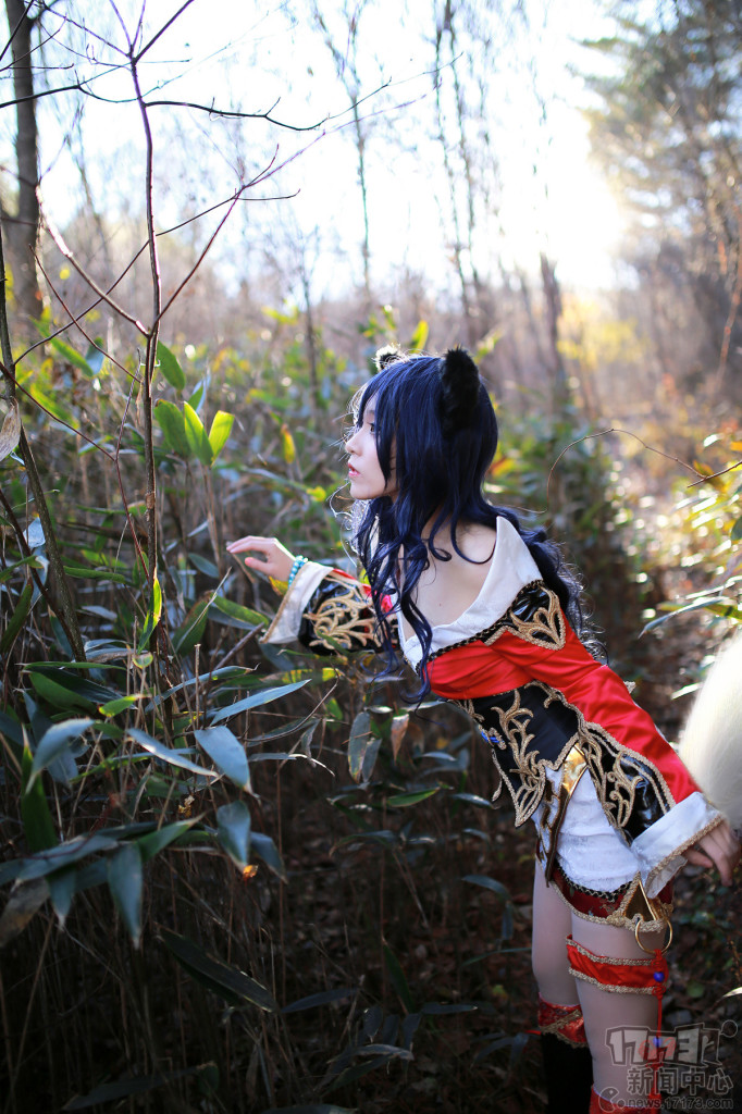 thanh-nien-game-lmht-cosplay-ahri-9