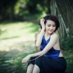 Anna Thúy Anh quyến rũ với áo yếm đồng quê - 1