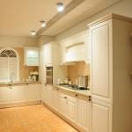 Tủ bếp Laminate màu trắng đẹp